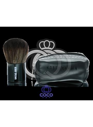 Кисть кабуки для макияжа в чехле Bobbi Brown фото