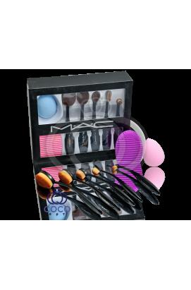 Набор кистей и спонжей для макияжа Mac