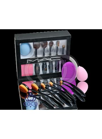 Набор кистей и спонжей для макияжа Mac фото