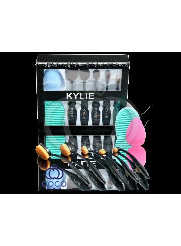 Набор кистей и спонжей для макияжа Kylie  фото