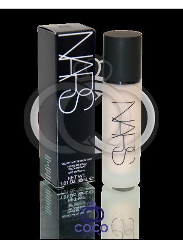 Тональный крем NARS Velvet Matte Skin Tint SPF30 фото