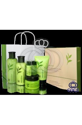 Подарочный набор для ухода за кожей Innisfree Green Tea Balancing Special Skin Care Set ( качество оригинала) подмятая упаковка